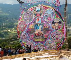 Guatemagia (pabesfu) Tags: naturaleza maya guatemala traditions turismo mayas cultura indigenas ancestros tradiciones mayans sacatepéquez barriletes sacatepequez guatelinda visitguatemala papilotes