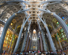 Sagrada Famlia (nicolas.bellia) Tags: panorama architecture spain nikon nicolas nikkor f71 espagne barcelone iso1600 18mm sagradafamlia bellia 18105mm d3100 nikond3100