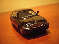 2011 Lincoln Town Car Signature Limited Continental Edition 1:43 Scale model by Luxury Collectables (PaulBusuego) Tags: 2003 black ford scale car wheel sedan toy drive town miniature us model mercury body signature rear platform cartier continental grand victoria cadillac mob plastic replica domestic american modular frame lincoln crown resin collectables limited edition executive saloon panther luxury limousine v8 mafia 46 marquis fullsize 143 luxurious diecast rwd 2011