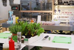 "Laboratorio Accademia FoodLab (7) • <a style=""font-size:0.8em;"" href=""https://www.flickr.com/photos/36569379@N08/11169027175/"" target=""_blank"">View on Flickr</a>"