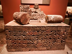 Ceremony of New Fire (Travis S.) Tags: wood stone museum mexico fire carved mexicocity df altar museo bundle burned feature 52 distritofederal museonacionaldeantropologia nationalmuseumofanthropology tworeed ceremonyofnewfire ceremoniadenuevofuego xiuhmolpillia