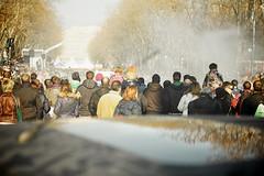 Espectadores (Rafa Medrano) Tags: street people valladolid humo aceraderecoletos pinginos2014