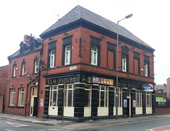 "The Elm House, Anfield, Liverpool • <a style=""font-size:0.8em;"" href=""http://www.flickr.com/photos/9840291@N03/12211288214/"" target=""_blank"">View on Flickr</a>"