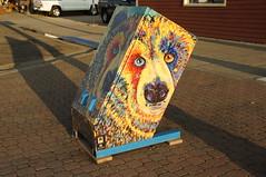 Painted trash can, West Yellowstone (SomePhotosTakenByMe) Tags: bear city vacation usa art animal america montana unitedstates kunst urlaub publicart trashcan amerika kurioses mülleimer tier bär westyellowstone outoftheordinary