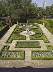 Kew palace garden (Wendy:) Tags: london kew garden 350d kitlens palace 2014