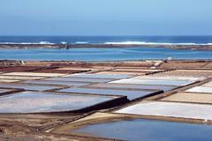 Yaiza, Las Salinas de Janubio, Lanzarote (Photos Girados) Tags: geotagged islands lanzarote salinas canary yaiza geo:tool=yuancc geo:lat=28939857 geo:lon=13816295