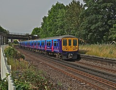 FCC at Earlswood (Deepgreen2009) Tags: station train fcc brighton platform fast railway southern passing 319 earlswood