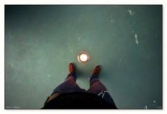 con los pies en... (_Joaquin_) Tags: pies piernas yo luz piso suelo donde minas lavalleja uruguay joaquin lapizaga nikond3200 dx sigma1020mmdcexhsm flickr joafotografia joalc fotos fotografia