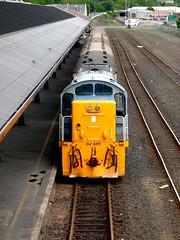 DJ3211 Dunedin 08 (Gummy Joe) Tags: nzr dunedin djclass dj3211 bobobo diesel mitsubishi caterpillar locomotive newzealandrailways