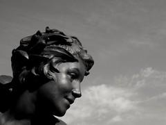 Un ange  Paris... An angel in Paris... (alainpere407) Tags: alainpere parisnoiretblanc candidpictureinparis parisromantique angelott angel paris parisblackandwhite pontsdeparis bridgesinparis saariysqualitypicturesgallery