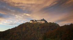 Schloss Waldeck (Marcus Rahm) Tags: schloss burg hessen deutschland germany sunset sonnenuntergang herbst autumn wald bume berg burganlage waldeck kellerwaldedersee naturpark edersee