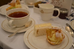 Tea Delights (Vintage Alexandra) Tags: queen mary 2 cunard ocean liner transatlantic crossing cruise november photogrpahy sea maritime travel