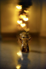 Angel (Klemens Schuster) Tags: bokeh angel hearts 50mm 18 sony alpha a7m2 a7 lights christmas yellow