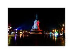 CIMG4715 (cowsandgirl71) Tags: paris photomatix bleu blanc rouge reflet nuit couleur cowsandgirl71 casio lumière lanpadaire statue