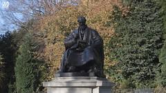 Statue of Lord Kelvin [thermodynamics] In Kelvingrove Park (Internet & Digital) Tags: glasgowuniversity kelvingrove park physics naturalphilosophy electrodynamic thermodynamics statue absolutezero kelvinscale lordkelvin sirwilliamthomsonbaronkelvinoflargs idmedia c21troy internetanddigitalcom