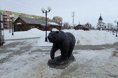 Statue d'ours (8pl) Tags:  muse maisons ours statue immeubles glise parc hiver neige froid nord sibrie russie lampadaires