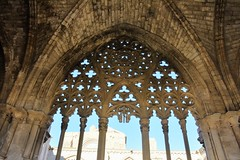 Claustre de la Seu Vella de Lleida (esta_ahi) Tags: lleida claustre claustro cloister seuvella ri510000156 catedral gtic gtico segri lrida spain espaa  calvari calvario creu cruz cross  tracera estrelladedavid crucifixin
