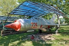 MIG-21SPS 725 EAST GERMAN AIR FORCE (shanairpic) Tags: preserved museum merseburg jetfighter military mig eastgermanairforce
