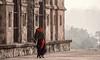 Impressions of India – 8 (Chizuka2010) Tags: madhyapradesh woman elegance orchha colourful travel india inde cenotaph