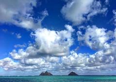 Oahu (El Cheech) Tags: mountains pacific ocean sun blueskies honolulu vacation sand paradise islandlife island sky clearwater water clouds beach kailua lanikai kailuabeach waikiki hawaii oahu