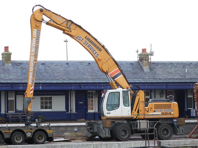 JST Services Liebherr A 924 C Litronic large image