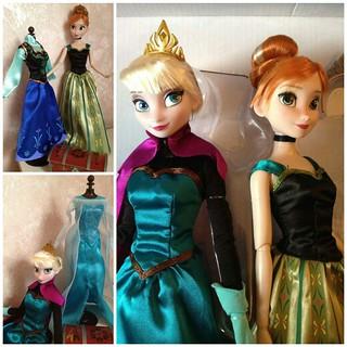 Frozen Deluxe Doll Giftset.