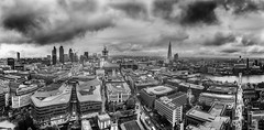 London Panorama (HDR-newaddict) Tags: panorama london blackwhite blw zwartwit sony sigma sigma1020mm silverefex nex3 sonynex3 vision:mountain=0542 vision:clouds=0666 vision:sky=0816 vision:outdoor=0688