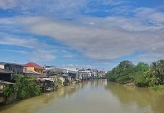 Chanthaburi river (David Darricau) Tags: green river thailand asia vert thalande asie chantaburi 2013
