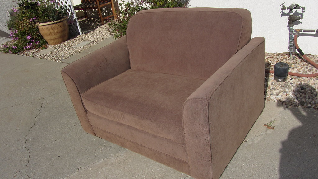 img6052 small 2 seat hide a bed couch for free ceztom tags furniture