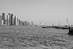 20131218-L1004856.jpg (Robber34) Tags: leica arabic corniche m8 doha qatar nationalday westbay katar leicam8