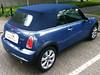 06 MINI (BMW) 1.Serie mit blauem Verdeck von CK-Cabrio 01