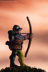 Arquero del Siglo XV / 15th Century Archer (Recesvintus) Tags: macromondays arrow archer bowman miniature metalfigure hotspur 25mm longbowman