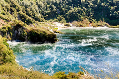 Agua y humo (Andrs Guerrero) Tags: bayofplenty islanorte newzealand nuevazelanda rotorua waimangu oceania oceana revelar waimanguvolcanicpark