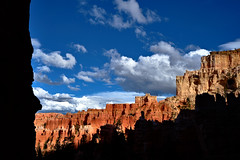 Peekaboo Loop Trail - Bryce Canyon II (W_von_S) Tags: brycecanyon utah usa us america amerika landscape landschaft panorama paysage paesaggio wolken clouds sky himmel light licht kontrast contrast silhouette wvons werner sony outdoor southwest nationalpark