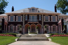 1355360_low (magentotesting) Tags: dallas dallashistoric historic historicdistri lakedistrict mansion mansions mansionsusp southwesternu swissavenue texas texasmansions texasstate