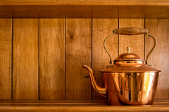 49 (munn1) Tags: week49theme warm teapot naturallight nikon nik nikor d4s lightroomcc photoshopcc canada coquitlam color britishcolumbia antique minimalist week49 201652 weeks 2016 editionweek startingfriday december 2