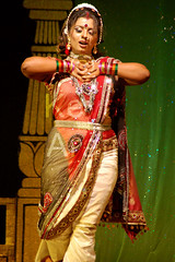 Dance Pose (keyaart) Tags: india men women dancers folk mumbai lavani
