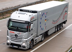 Mercedes Actros MP4 AM W 933 - Wagner (gylesnikki) Tags: truck silver kent wagner artic mp4 m20