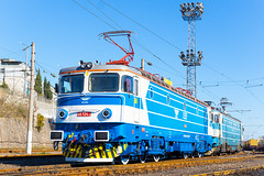 46 124 (BackOnTrack Studios) Tags: electric class 124 bulgaria locomotive 100 burgas 46 cluj bdz 46124 le5100 060ea remarul 5100kw