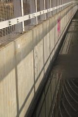 Fietsersbrug Tivoli Leuven (Kristel Van Loock) Tags: bridge lines bicycle leuven tivoli belgium belgique drieduizend belgië tunnel ponte belgica louvain flanders belgien belgio vlaanderen lijnenspel flandre vlaamsbrabant lovanio fiandre fietsersbrug