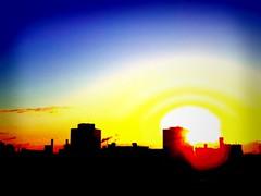 "Yellow sunrise (usotuki) Tags: morning blue red cloud yellow sunrise dawn bluesky yokohama 雲 太陽 青 横浜 ""the 日の出 赤 夜明け sun"" 青空 朝日 黄 pentaxq 03fisheye テクノウェイブ100 tecnowave100"