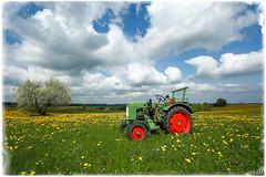 Spring day (FAM Martin Z) Tags: sun clouds landscape traktor smrgsbord fendt springlandscape distagont2815ze