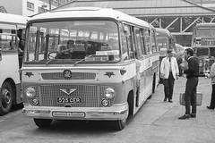 525CER Shamrock & Rambler (lenmidgham) Tags: 1960scoach bwscan bedford duple royalblue shamrockrambler transport