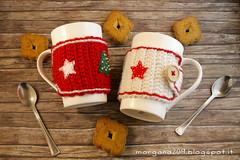 XmasCozyMug_04w (Morgana209) Tags: natale natale2016 christmas cozymug tazze uncinetto crochet feltro handmade fattoamano creativit rosso bianco lana stelle albero tree merenda colazione biscotti