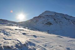 DSC_6375 (nic0704) Tags: scotland hiking walking climbing summit highlands outdoor landscape hill mountain foothill peak mountainside cairn munro mountains glencoe glen coe buachaille etive mor beag stob dubh raineach loch snow ice winter ridge