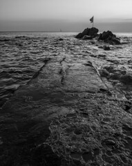 Towards the infinite and beyond! (Massimo Campanini) Tags: boccadasse genova genoa liguria italia italy mare sea tramonto sunset bn bw blackwhite scogli rocks