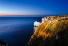 DSC_2943 (fabiennethelu) Tags: etretat borddemer falaise mer plage rocher village seascape seaside sea cliff beach rock coast night sky nikon france
