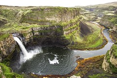 Palouse Falls (zacknicol) Tags: waterfall palouse washington nature outdoors eastern green water hike travel leisure