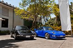 Porsche 911 Carrera (993) & 911 GT2 (993) (Jeferson Felix D.) Tags: porsche 911 carrera 993 porsche911carrera993 porsche911carrera porsche911 porsche993 gt2 porsche911gt2993 porsche911gt2 canon eos 60d canoneos60d 18135mm rio de janeiro riodejaneiro brazil brasil worldcars photography fotografia photo foto camera