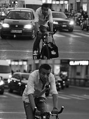 [La Mia Città][Pedala] (Urca) Tags: milano italia 2016 bicicletta pedalare ciclista ritrattostradale portrait dittico bike bicycle nikondigitale biancoenero blackandwhite bn bw 907146